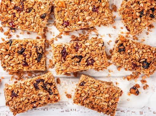 Chewy Nut and Fruit Granola Bars