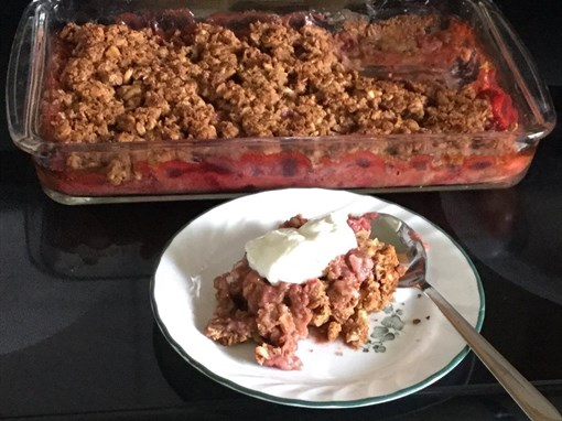 Protein Strawberry Rhubarb Crumble
