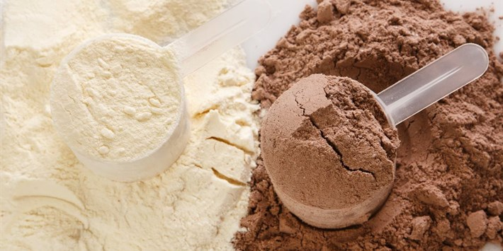Choosing a Protein Powder: Isabel's 5 Step Approval Process