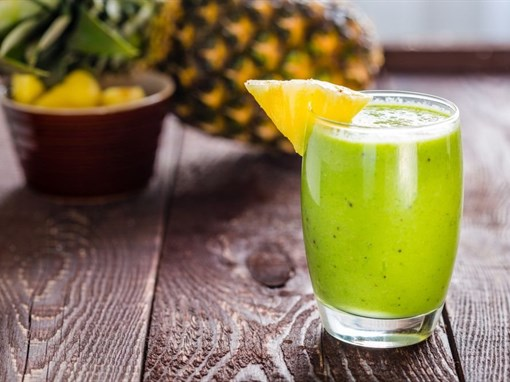 Pineapple Kale Smoothie