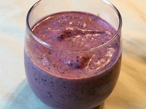 PB&J Spinach Smoothie