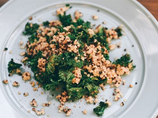 Quinoa with Sauteed Kale