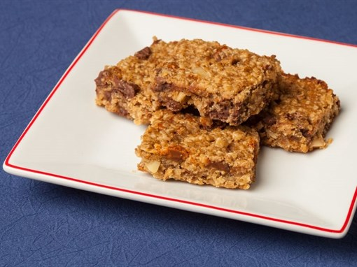 Almond Butter Oatmeal Chocolate Chip Bars